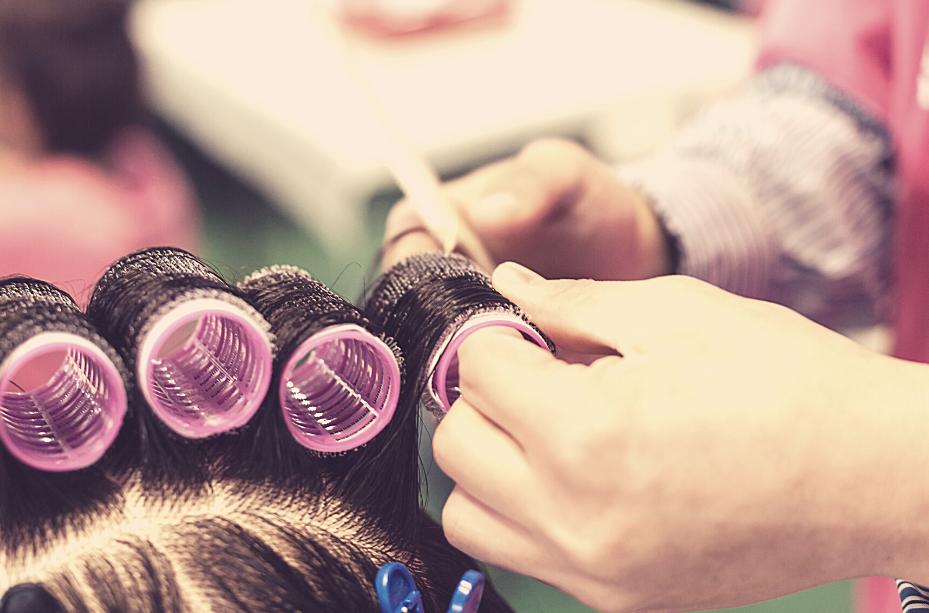 curling hair in curlers